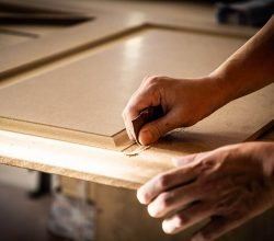 Larmario | Fabricantes de armarios y puertas a medida