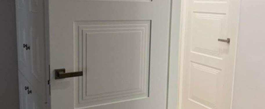 Así quedaron estas puertas de paso modelo Cosenza | Puertas a medida en Málaga